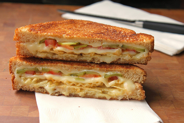 2 Pieces Of Bread3 Slices Of American Cheesethinly Sliced Pickle Slices, Dabbed Dry1 Thin Slice Of Tomatogood Handful Of Potato...