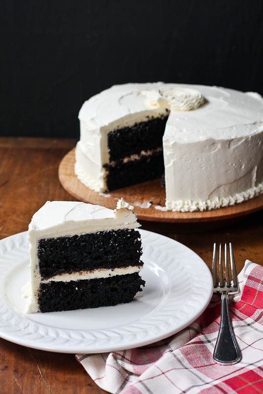 Chocolate Cake With Vanilla Buttercream Frosting ( R E C I P E )