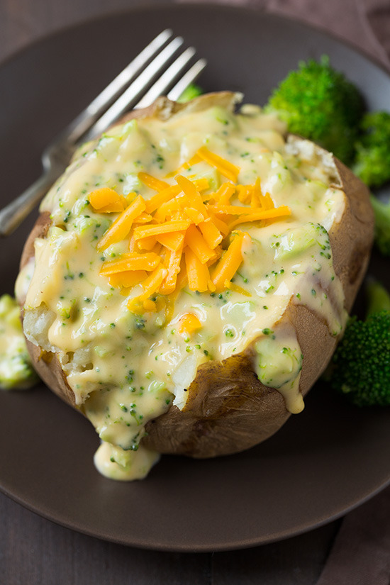 Baked Potatoes with Broccoli Cheese Sauce